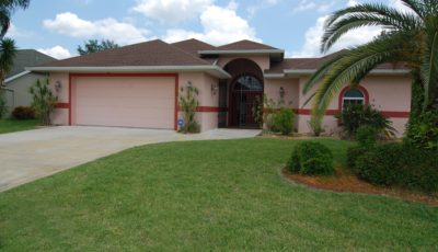 328 Torrington St., Port Charlotte, Florida 33954
