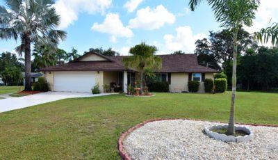 2120 Ellery St, Port Charlotte, FL 33952