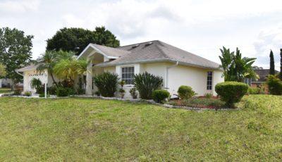 366 Harwick St., Port Charlotte, FL 33954