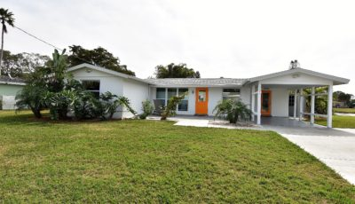 3318 Mayflower St., Sarasota, FL 34231