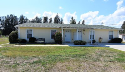 345/347 Sunflower St., Punta Gorda, Florida 33982