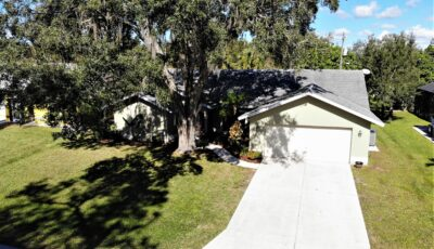 23522 Dawn Ave., Port Charlotte, FL 33954